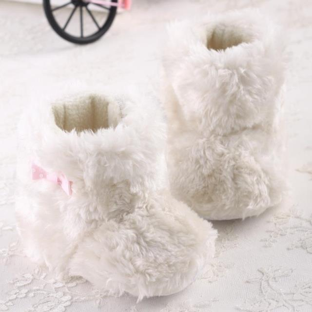 Free Shipping Baby Girls Shoes Fabric Baby Booties White Fluff Lovely Soft Comfortable Warm Fashion 2015(China (Mainland))