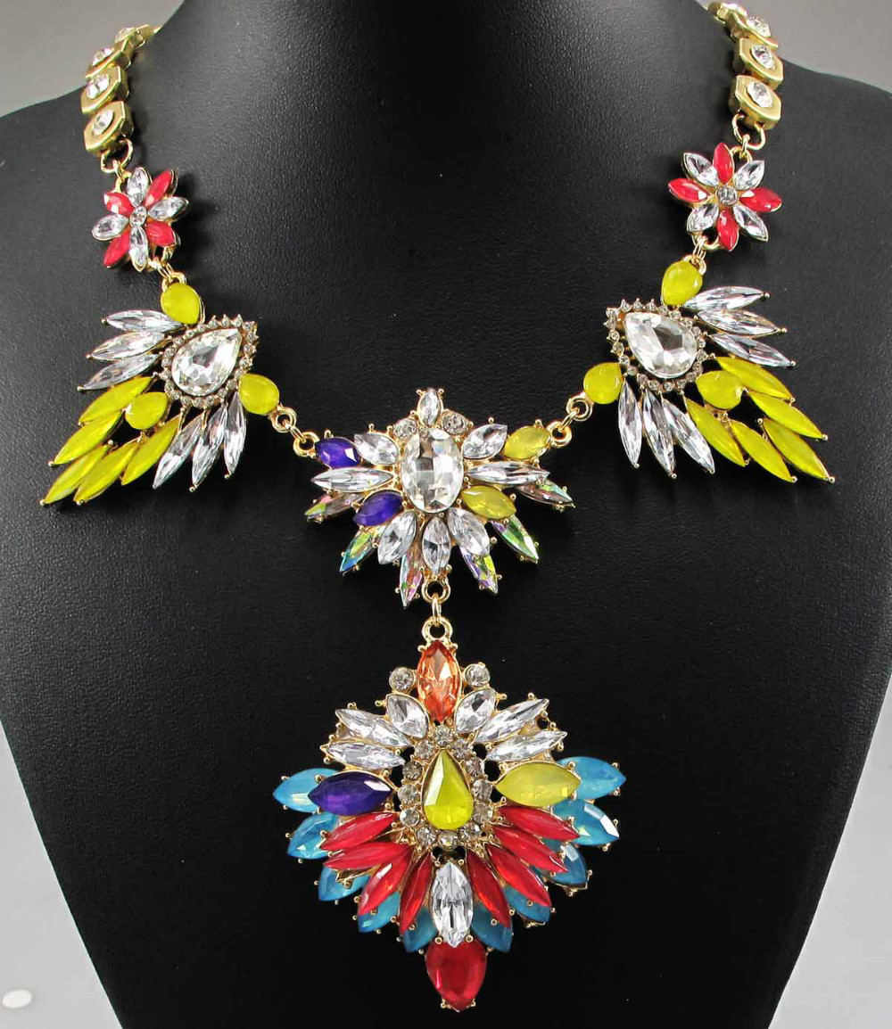 Newest Gorgeous Fashion Necklace Jewelry crystal Department Statement Necklace Women Choker Necklaces & Pendants Q637(China (Mainland))