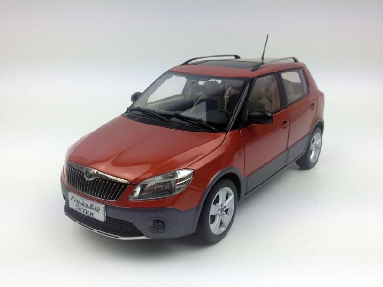 1:18 Shanghai Volkswagen SKODA Fabia Scout Orange Diecast Metal Model - zonghengmodel store