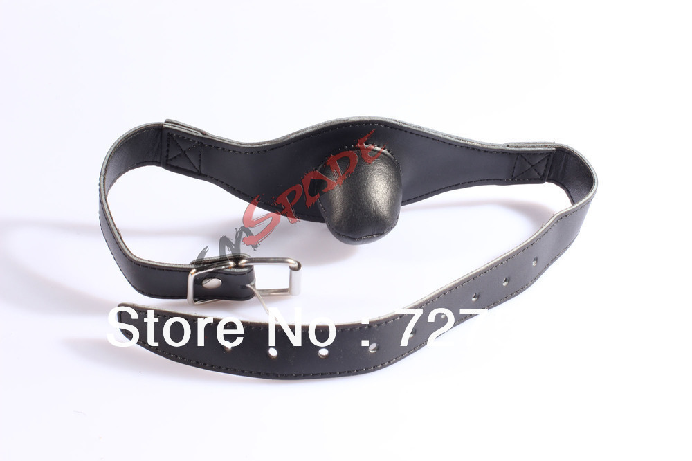 20% off soft real leather restraint ball gag dildo ball gag for unisex sex game red black mouth plug sex toys leather belt(China (Mainland))