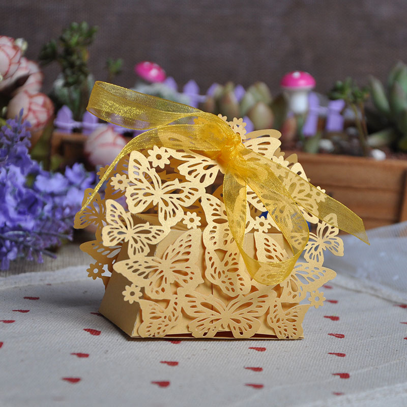 TH 100pcs Laser Cut Butterfly Wedding Favor Box Candy Box Gift Box Wedding Favors Event Party Supplies Wedding Decoration(China (Mainland))