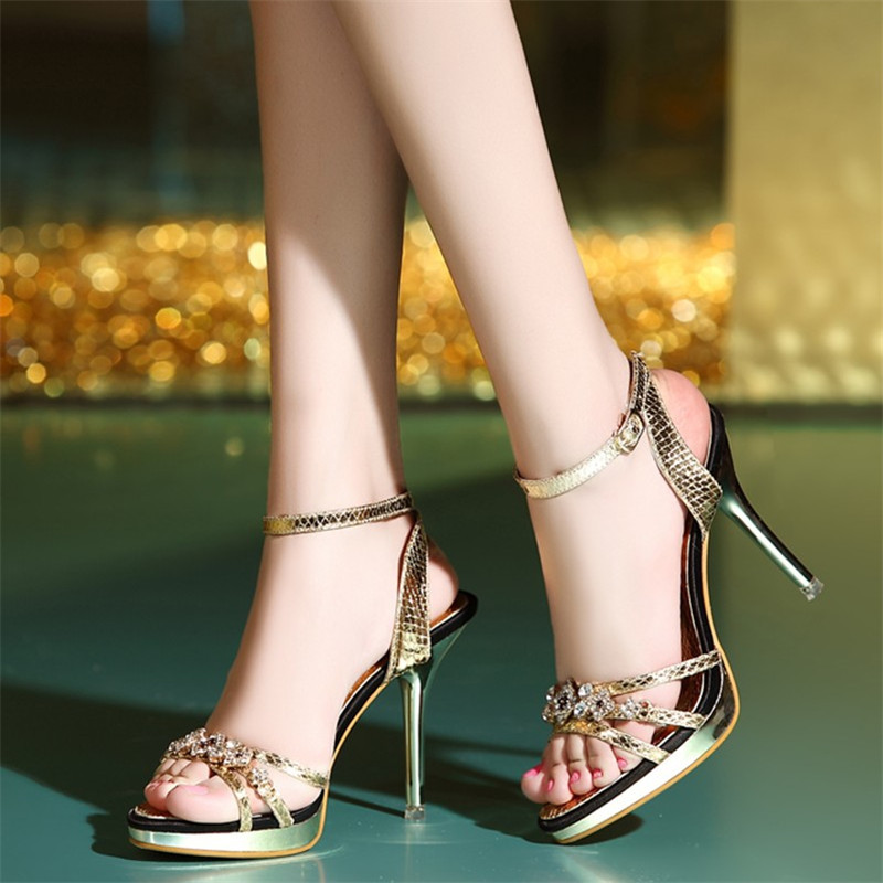 2017 New Design Ladies Sexy Stilettos High Heels Women Shoes Pumps Faux Rhinestone Wedding Party Sandals Silver Gold 4(China (Mainland))