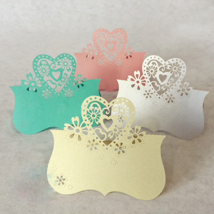 100pcs Hollow hot-selling snowflake Love Heart Laser Cut Wedding Party Table Name Place Cards decoracion boda Favor Decor(China (Mainland))