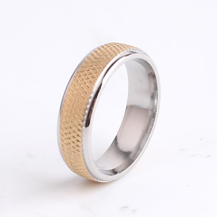 10pcs/lot 6MM Golden grid Snakeskin pattern 316L Stainless Steel wedding rings for men wholesale(China (Mainland))