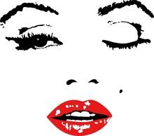 red clip Marilyn Monroe