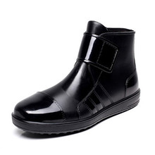 Pvc waterproof rain boots waterproof flat with shoes woman men rain woman water rubber ankle boots buckle botas 24.5-27cm foot(China (Mainland))