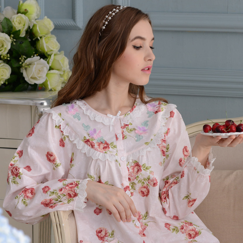 2015 spring and autumn and winter new style cotton long-sleeved nightgown pajamas set women tracksuit suit women nightwear