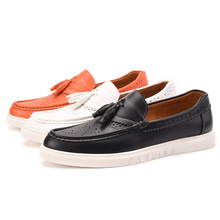 Tassel Men Loafers Moccasins Men Shoes Casual Leather Shoes Men Flats Breathable Fashion Shoes Slip On