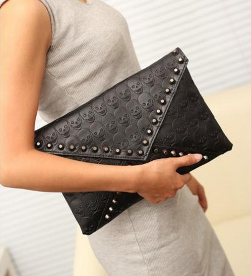2014 new arrival Skull Head And Rivets Decorated Envelope handbag clutch bag cross-by women bag(China (Mainland))