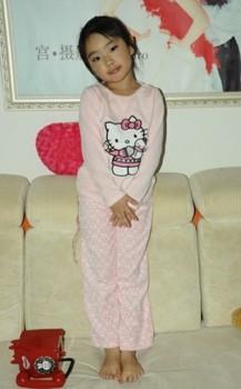 Free shipping new hello kitty design 2013 autumn children clothing pajama set cute baby  girls pajamas  sleepwears  nightgowns