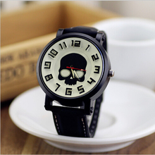 2015 New Skull Design Fashion Luxury Watch Casual Watches Quartz Wrist Watch Clock Hours Fashion Sport Watch