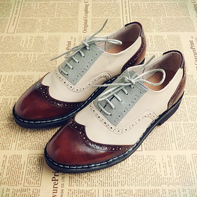 British style mans mixed colors brogue vintage handmade shoes genuine leather male dress shoes unisex Oxford lace-up<br><br>Aliexpress