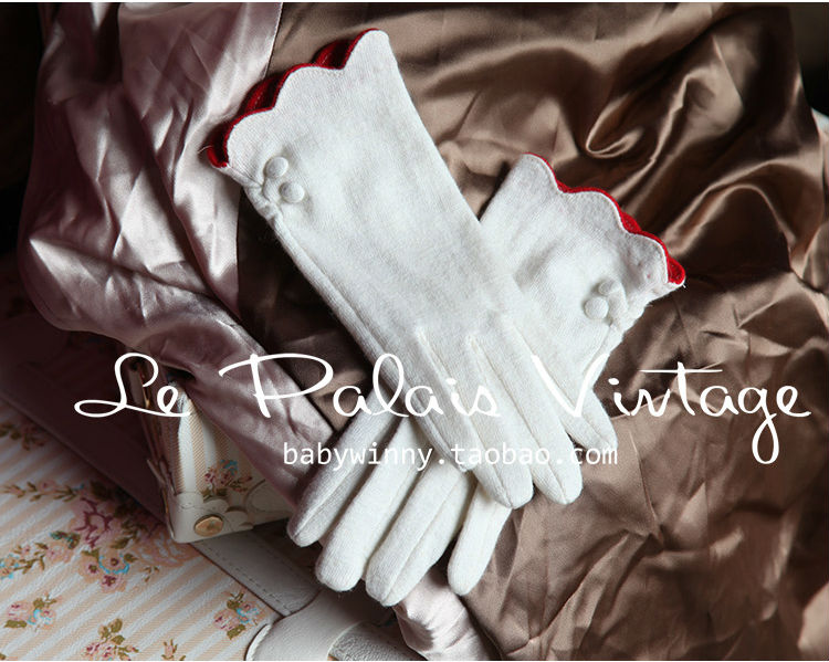FREE SHIPPING Le Palais Vintage all-match retro elegant wool white wavy  essential short gloves