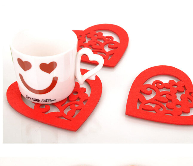 Promotion Fashion Originality Hollow Red Flower Sweet Heart Character Felt Cup Desk Insulation Mats Pads CU04(China (Mainland))