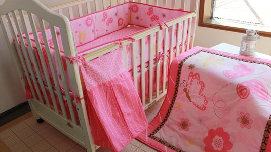 Promotion! 5pcs Embroidery Baby Bedding Set Baby Nursery Bedding,include (bumpers+duvet+bed cover+bed skirt+diper bag)