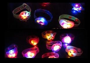 Flash bracelet child watch bracelet led strap soft hand ring light-up toy(China (Mainland))