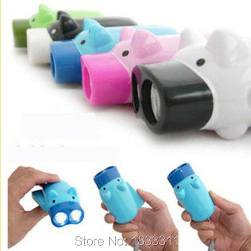 Mini Pig Hand Press Flashlight 2 LED Keychain Wind Up Pig Power Torch No Battery(China (Mainland))