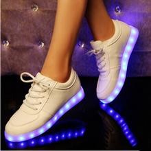 2015 Fashion LED Shoes 8-11 Colors Emitting Luminous Casual Shoes for Adults Couple LED Sneakers USB Charging Luminous Shoes(China (Mainland))