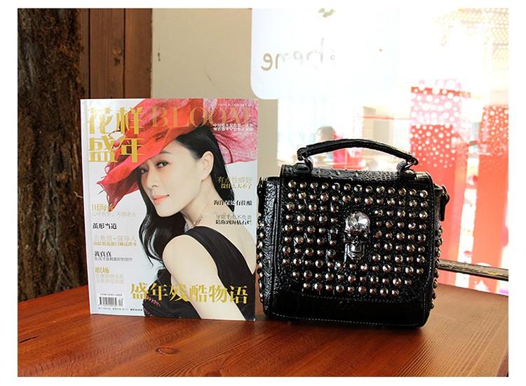 2016 Rivet punk female bag tide models patent leather crocodile skull diamond handbag shoulder Messenger bag