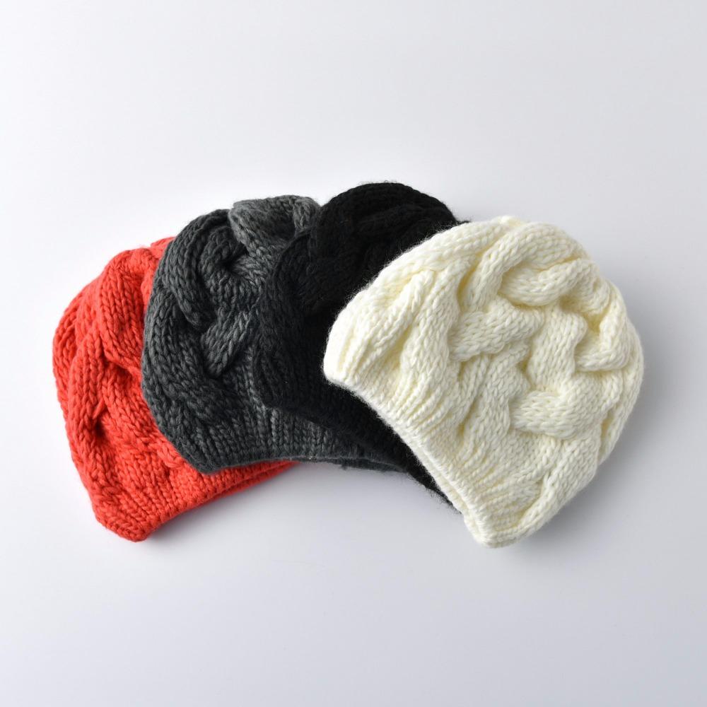 KBBYTLY0100730017-heartful-twist-winter-hat-beanie