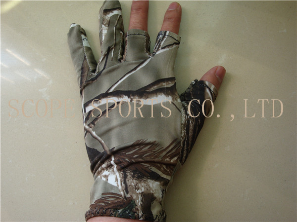 Hunting Fishing Mountaining Camo Elastic Gloves Outdoor Gloves Free Shipping China post Mail(China (Mainland))