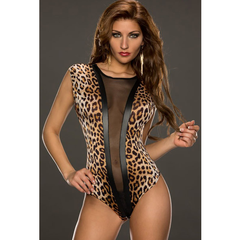 Jersey fabric Leopard print Cami shoulder straps V neck and back Partially lined Popper-fastened gusset Our model wears a UK 8 and is cm/5'9'' tall.