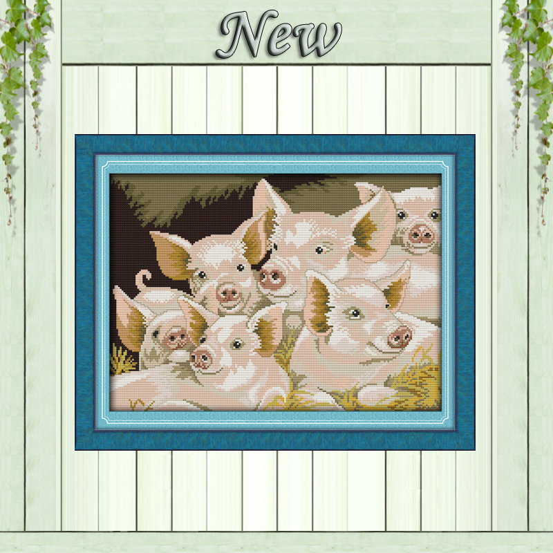 Lovely pig family handmade animal home decor pattern print for Pig decorations for home