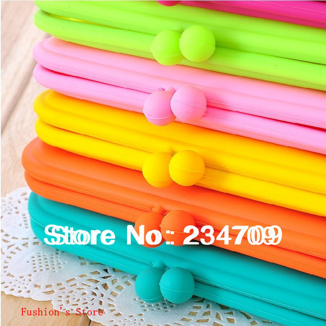 Free shipping,large Candy color silicone zero wallet/lovely buckle/women messenger bags/coin purse/ wallets/ handbags,1 pcs/lot