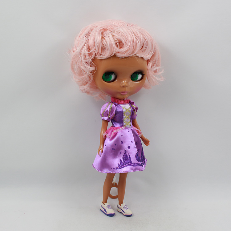 Nude Blyth doll pink short hair with black body makeup ...