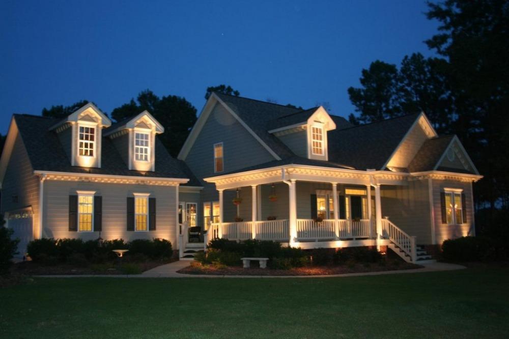 Solar Powered Outdoor Decorative Lighting Landscaping Flood Light<br><br>Aliexpress