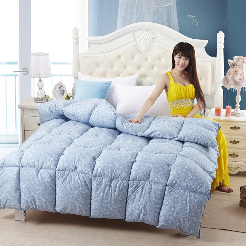 soft sky blue natural 90 goose down comforter twin full queen king size quilt for hypo. Black Bedroom Furniture Sets. Home Design Ideas