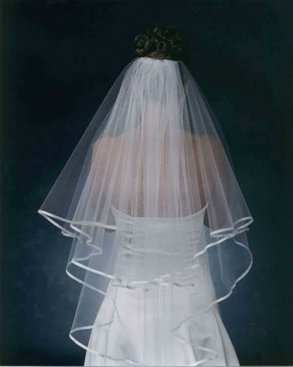 Best Selling Satin Side Wedding Veil 2014 Two Layers Tulle Short Bride Hair Accessories veu de noiva longo(China (Mainland))