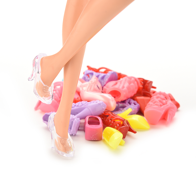 """12 Pairs Girls Gift Dolls Accessories Color Random Lovely Dolls Shoes Heels Sandals For Barbie 11""""(China (Mainland))"""