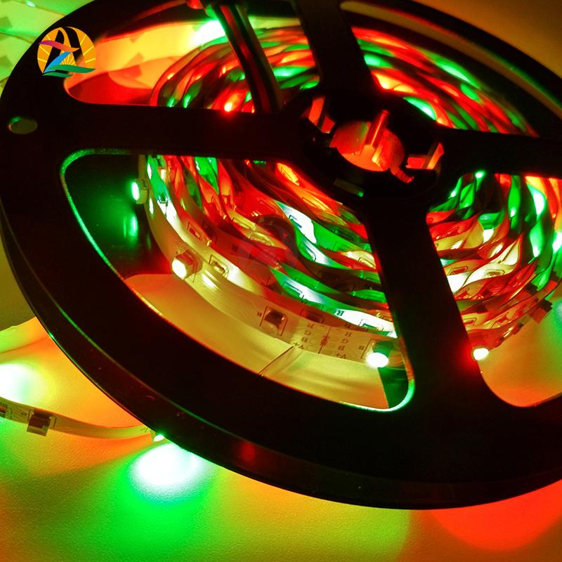 5M 3528 RGB LED fita 300 SMD nao-impermeavel LED fitas flexiveis tiras de luz+24W adaptador de potencia +24 chaves remoto IR(China (Mainland))
