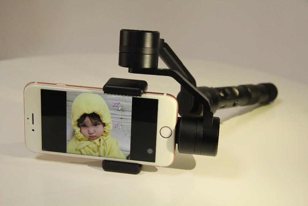 Korea hot!Zhiyun Z1 Smooth C Smooth C plus 3 Axis brushless phone gimbal smartphone handheld gimbal hottest warranty