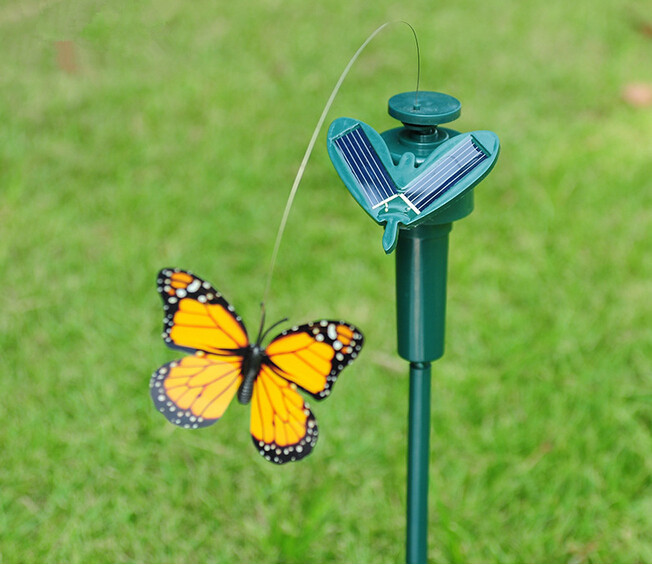 New 2015 Vibration Solar Power Color Dancing Flying Fluttering Butterflies Garden Decor(China (Mainland))