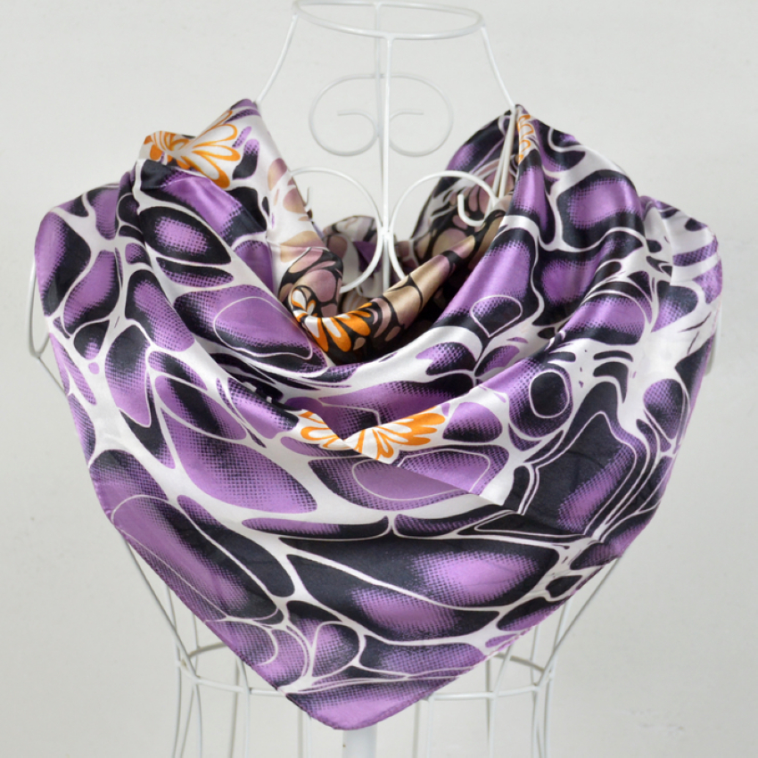 Fashion 90*90cm Light Purple 100% Mulberry Silk Female Square Silk Scarf Printed,Fashion 100% Silk Crepe Satin Women Scarves(China (Mainland))