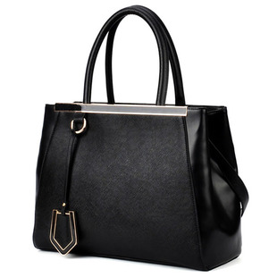 Free Shipping 2013 New Fall High Quality Designers Famous Brands Vintage WomenS Leather Handbags Tote Bags Shoulder Bag D1184<br><br>Aliexpress