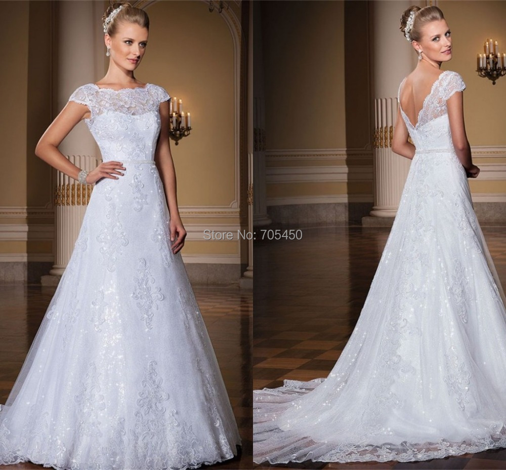Elegant cap sleeve wedding dress vernassa with short for Plus size wedding dresses with color and sleeves