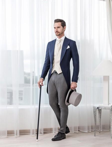 New Arrival Classic Blue Men Tailcoats 3 Pieces Wedding Suits For Men Peaked Lapel Groomsmen Suit Two Buttons Men Suits Slim Fit