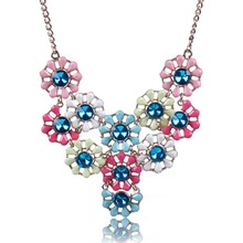 2014 New Arrival Vintage Jewlery Simple Temperament And  Fashion Jewelry Resin Crystal Flower Necklace For Women XL5382