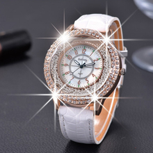 GOGOEY 2015 New Fashion Ladies Leather Crystal Diamond Rhinestone Watches Women Beauty Dress Quartz Wristwatch Hours Reloj Mujer