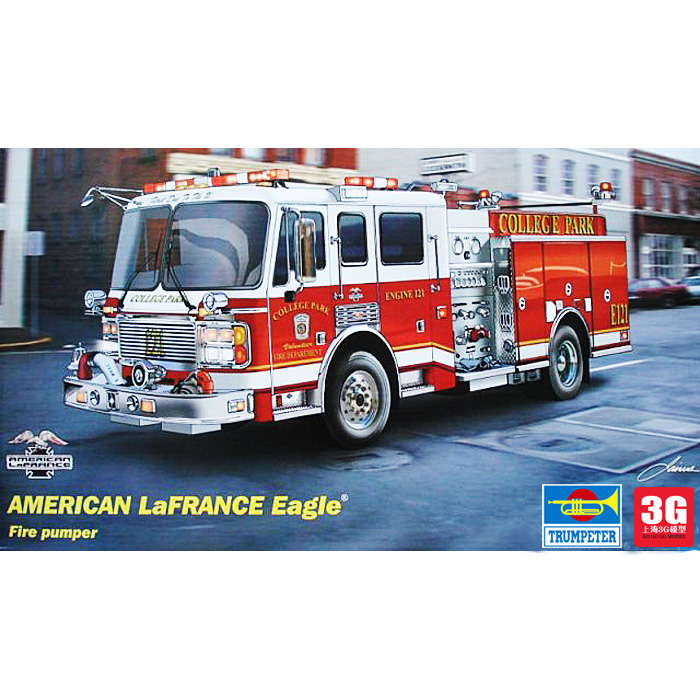 2015 [3G] model trumpeter military assembly of the model 02506 1/25 American 2002 type fire truck(China (Mainland))
