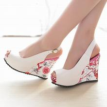 2015 new wedge sandals shoes women high heels shoes open toe platform buckle women summer shoes 4colors big size 33-41(China (Mainland))
