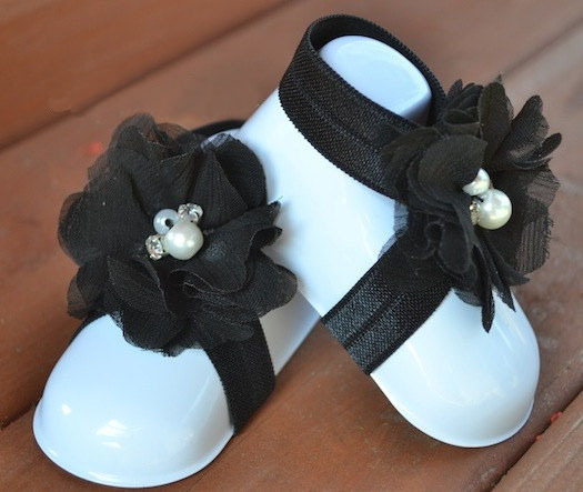 2015 new infant baby pearl flower barefoot sandals Toddler shoes flower footwear for Photography props 2pcs =1pair retail(China (Mainland))