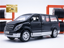 1 32 scale hyundai starex diecast model cars, mini van, kids toys with openable door/pull back function/music/light as gift(China (Mainland))
