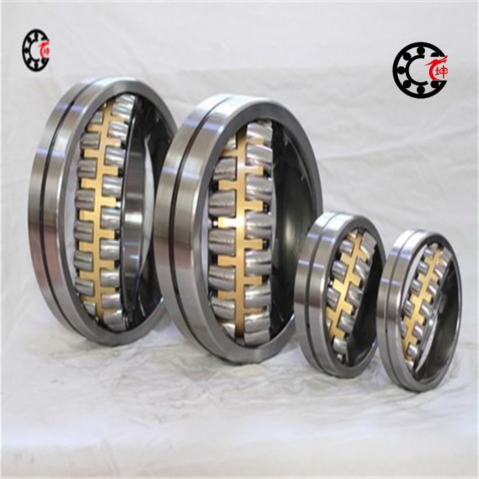 Фотография Spherical Roller Bearings 22309 CA/C3W33 45X100X36mm annular grooves 3 injection hole C3 Symmetrical rollers brass cage