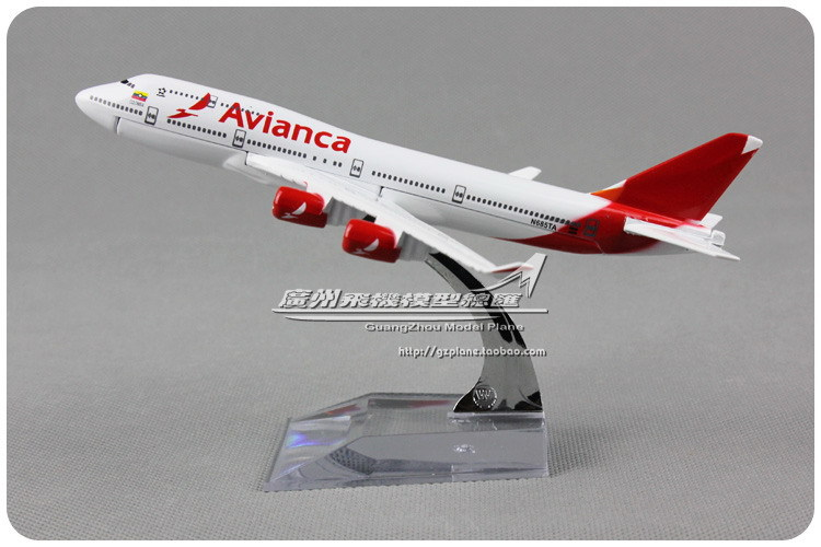 16cm White Alloy Metal Columbia Air Avianca Airlines Airplane Model Boeing 747 B747 400 N685TA Airways Plane Model Diecast Toy(China (Mainland))