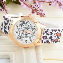 Moda del silicón de ginebra caliente venta de vestido de pulsera mujer color correa de caucho Rhinestone Ladies relojes de cuarzo