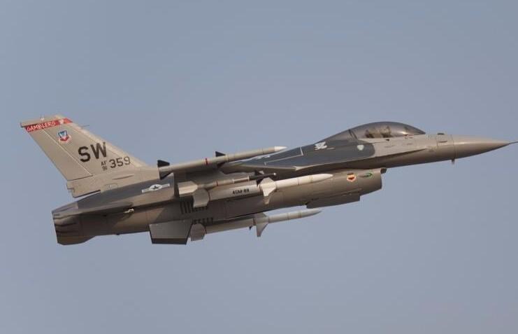 F16-8